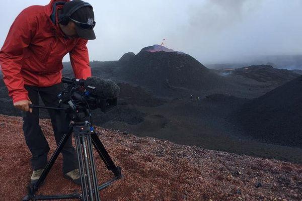 Un jour avec... au plus près du volcan