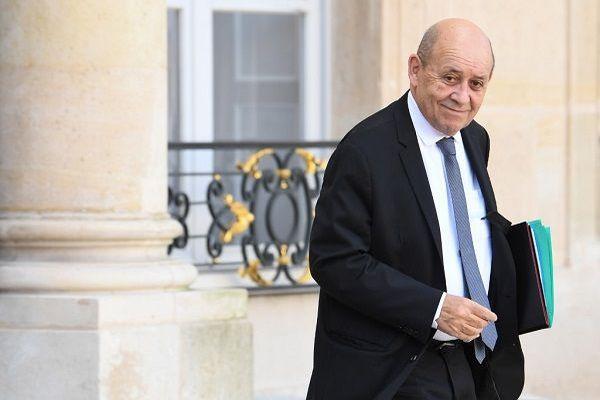 Le ministre des Affaires étrangères Jean-Yves Le Drian