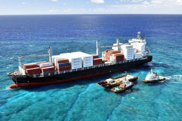 Les opérations de pompage du carburant du Kea Trader ont commencé en Nouvelle-Calédonie.