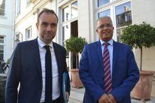 Le ministre de Outre-mer, Sébastien Lecornu, et le président du Département de La Réunion, Cyrille Melchior, à Paris.