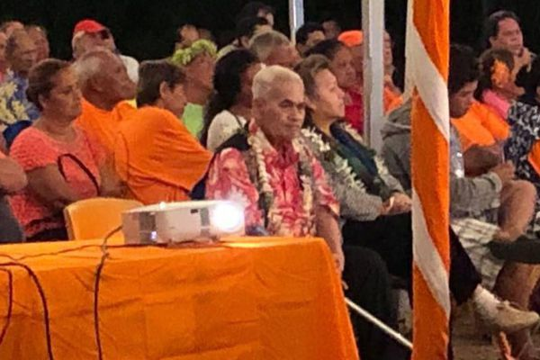 Myron Mataoa à un meeting du Tahoeraa
