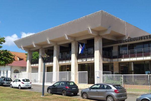 Tribunal délocalisé dans l'hôtel de l'ancien conseil général