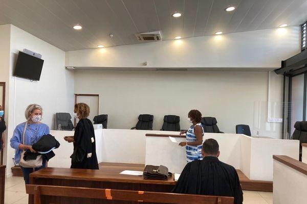 Salle d'audience Tribunal