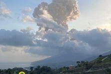Nouvelle éruption explosive du volcan ce vendredi 16 mars 2021.