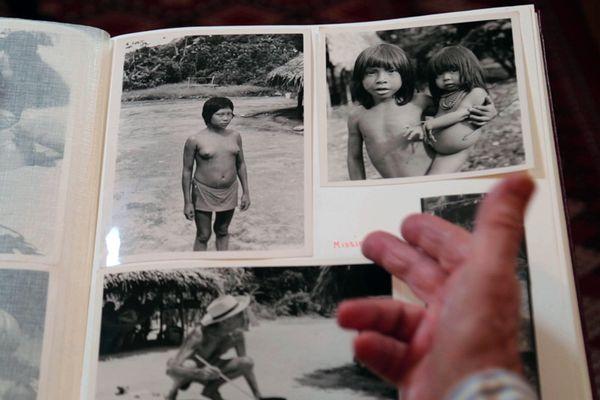 album photo enfants Amerindiens mission IGN 1956 - Vos photos, notre histoire