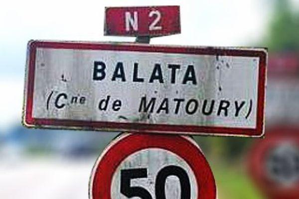 Panneau Balata à Matoury