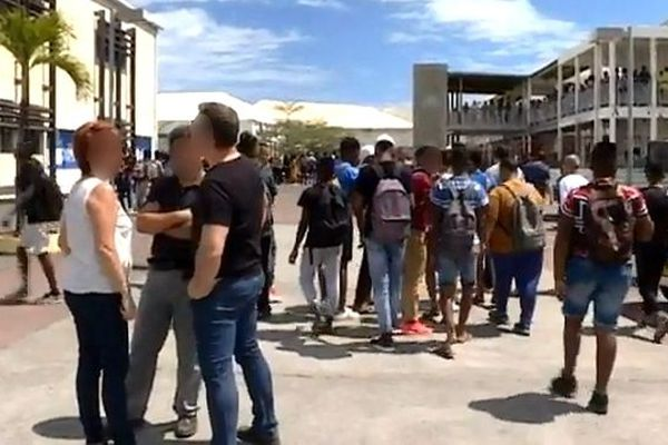 Lycée Jean Hinglo du Port