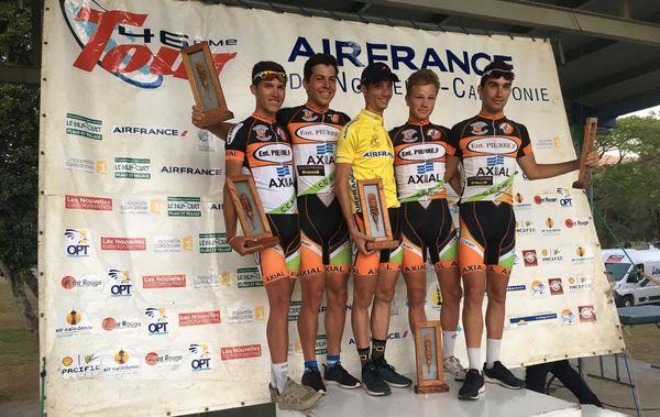 Thierry Fondere et son équipe