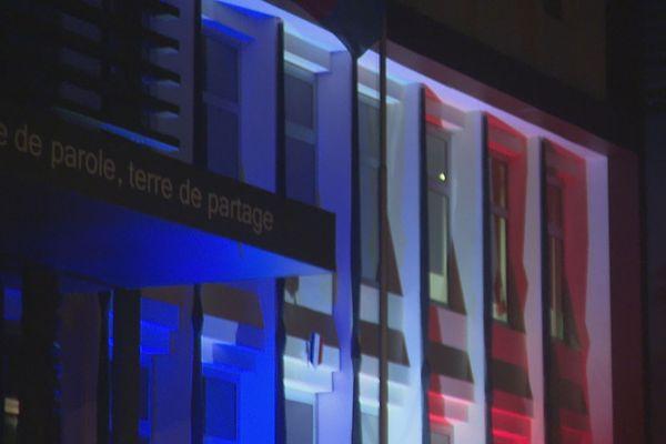 Congrès lumières nuit bleu blanc rouge