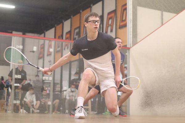 Le Calédonien Brice Nicolas vainqueur des qualifications pour les championnats de France élite de squash.