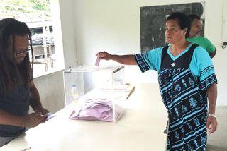 Election smunicipales à Hienghène, premier tour, bureau de Ouaré (19 novembre 2017)