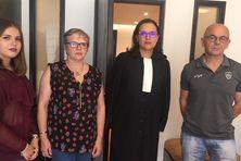 Adelyne, Maïté et Thierry Béraux accompagnés de leur avocate