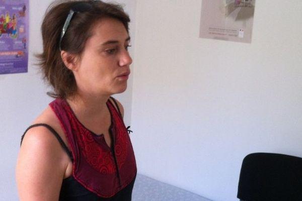 Saint-Paul : Elsa Heintz dans la salle de détente du planning familial