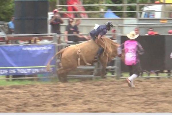 rodeo-paita-291013