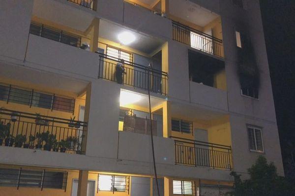 Incendie dans un appartement au Chaudron, jeudi 8 avril.