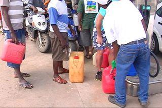 La course aux bidons d'essence