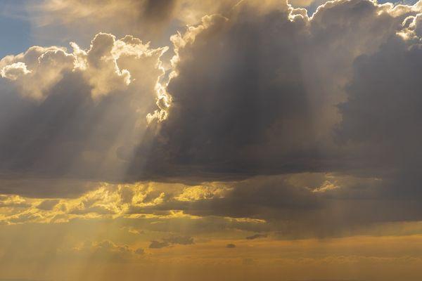 Météo : pluie et soleil