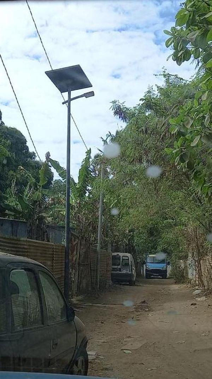 éclairage photovoltaïque installé à la Vigie