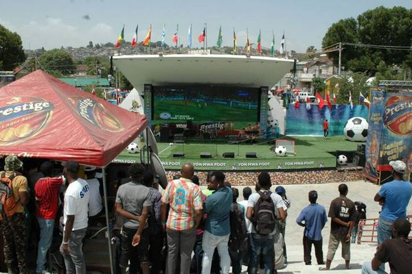Haiti Champs de Mars Port au Prince transformé en terrain de football