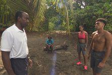 Aymeric Priam et Leelou Martial Heoulet à l'entraînement sur la plage.