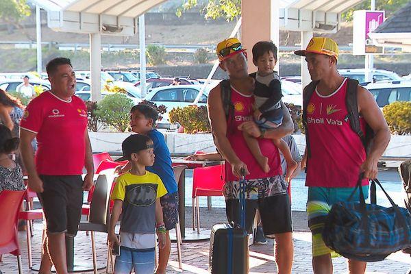 Hawaiki Nui : le départ des rameurs commence