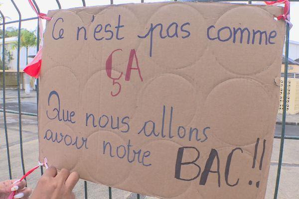 Pancartes lycéens