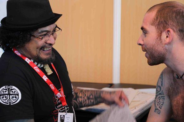 Roonui et Morgan de Riberolles au Mondial du tatouage 2015 à Paris