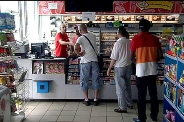 La vente d'alcool à emporter dans les stations-service est interdite entre 18h et 20h.