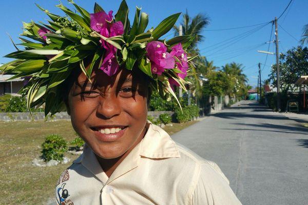 Vinitua Tiaahu, passionné de Orero chez lui à Arutua