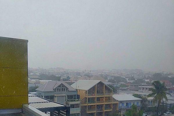 Pluie intense sur Saint-Pierre