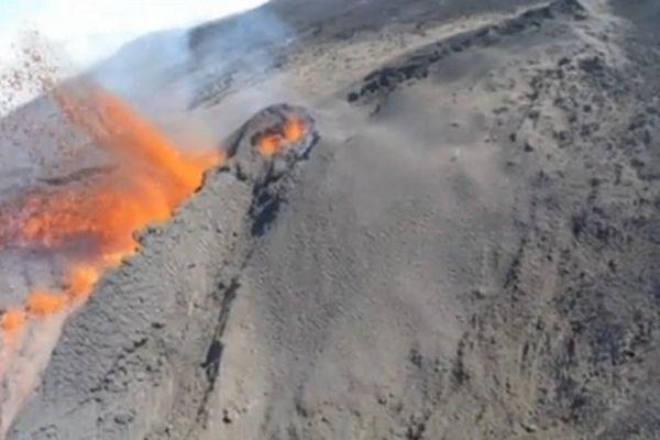 Cratère Mai 2015 3