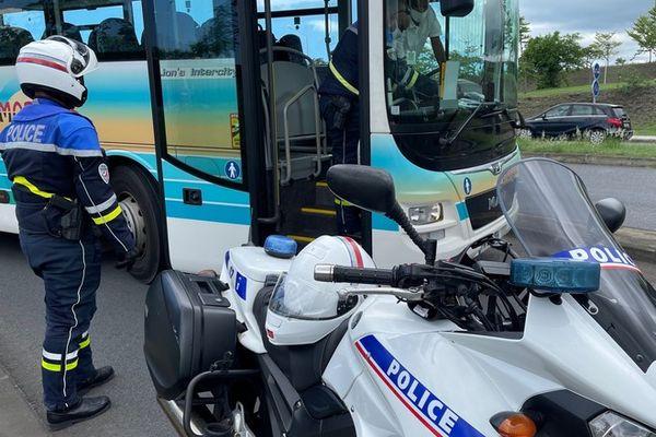 controle bus scolaires sécurité routière 270121