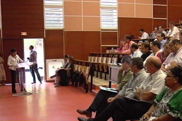 conférence économique-200814
