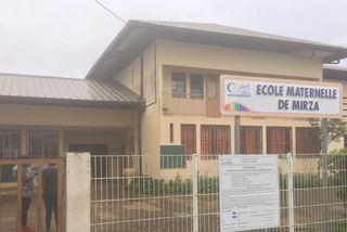 Débrayage à l'école Maternelle de Mirza à Cayenne
