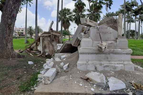 Statue de Joséphine détruite