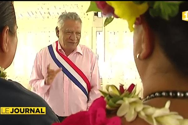 """Elles se sont dit """"oui, pour le meilleur et pour le pire"""" devant le maire de Papeari"""
