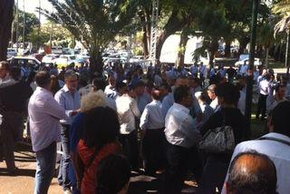 Le Medef exaspéré par le blocage du Port manifeste devant la Préfecture