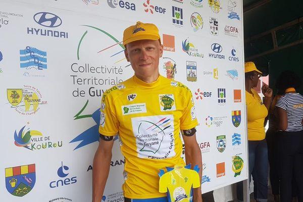 Arnaud Voss leader du tour à la sixième étape