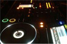 Console de Disc Jockey (image d'illustration).