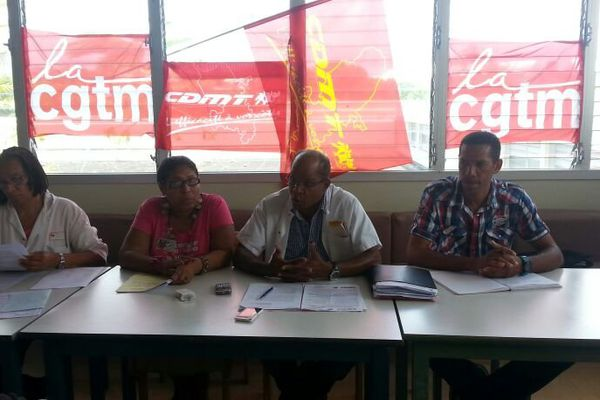 Conférence de presse syndicale
