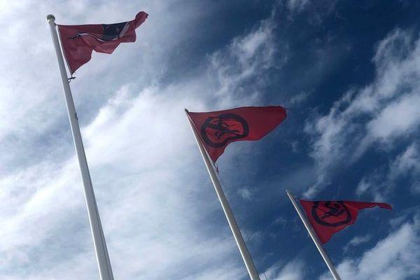 houle baignade interdite drapeaux 050121