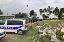 Déploiement de forces de l'ordre à la Pointe Buzaré
