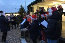 La chorale du collège Saint-Christophe a été invitée à chanter pendant l'événement Festiv'iles.