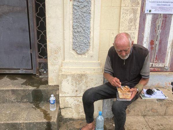 Un homme de 80 ans vivant dans la rue à Cayenne