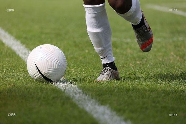 football sport ballon terrain pelouse
