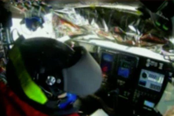 [EN DIRECT VIDEO] Suivez le Solar Impulse, l'avion qui tente de traverser le pacifique à l'aide de l'énergie solaire.