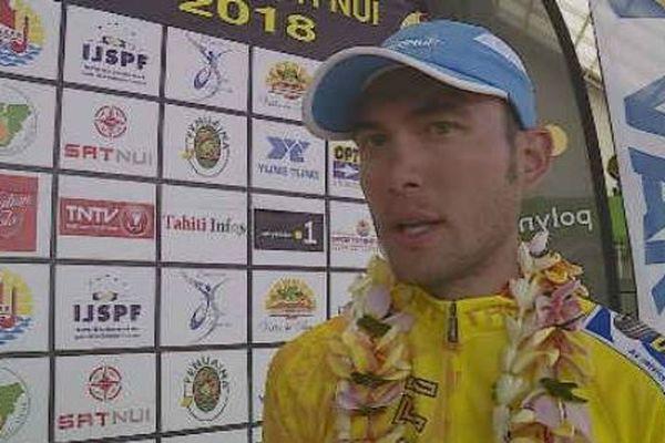 Le cycliste tahitien Krainer Taruia