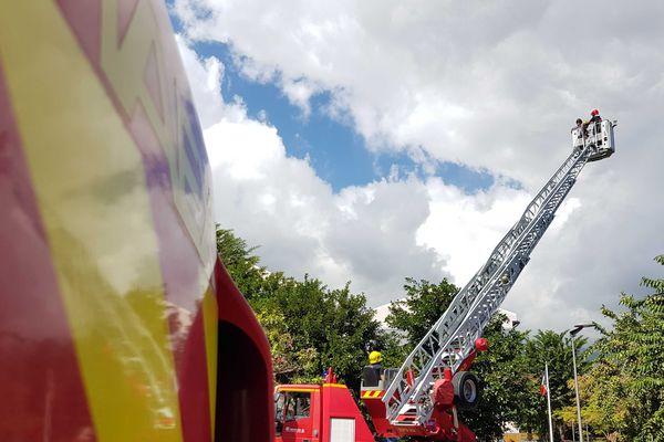 Les sapeur-pompiers à l'honneur à la caserne de Saint-Paul