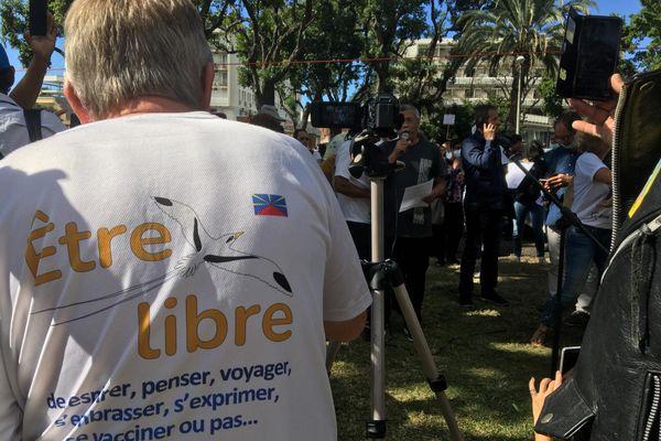 Manifestant teeshirt libre micro