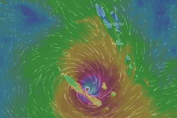 Vue cyclone Cook 16 heures (10 avril 2017)
